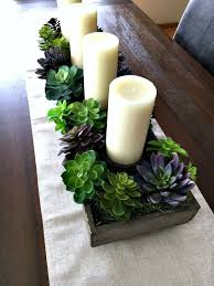 Floral Centerpieces For Dining Room Tables by Best 25 Dining Table Centerpieces Ideas On Pinterest Dining