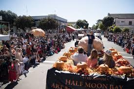 Pumpkin Fest Half Moon Bay by Thousands Come To Pumpkin Festival Local News Stories