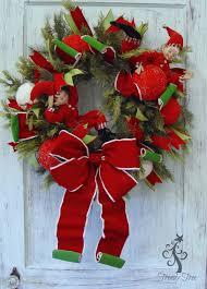 Raz Artificial Christmas Trees by Decorate A Raz Cedar U0026 Pine Wreath For Christmas Trendy Tree