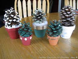 Pine Cone Christmas Tree Decorations by Accessories Extraordinary Christmas Crafts Decor Ideas Kropyok