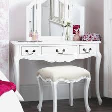 Bathroom Makeup Vanity Height by Bathroom Mirror Height From Floor Elegant Bathroom Makeup Vanity