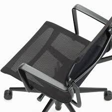 chaise de bureau vitra chaise de bureau pivotante physix par vitra dans la boutique