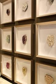 16 Fabulous DIY Artwork Tutorials Crystal Collection DisplayRock