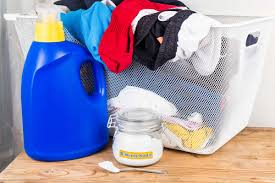 Bathtub Drain Clog Baking Soda Vinegar by The Ultimate Guide To Cleaning Your Home On A Budget The Budget Diet