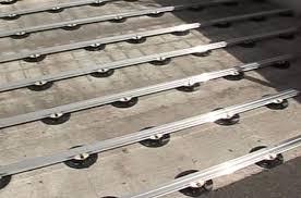 plot reglable pour terrasse bois lambourdage aluminium sur plots réglables