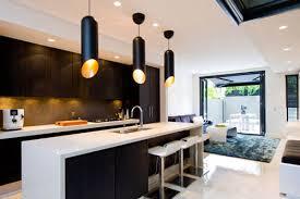 amenager une cuisine en longueur aménager une cuisine ouverte en largeur cuisine ouverte salon