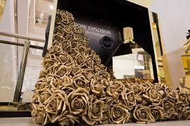 Golden Flowering Kiosks Perfume Retail Display