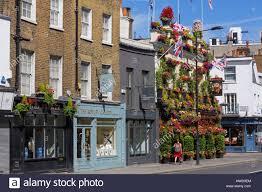 100 Kensington Church London Street Ill Stock Photos
