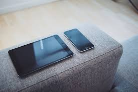 Understanding mobile advertising trends Smartphone vs tablets