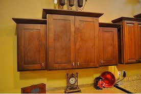 Proper Kitchen Cabinet Knob Placement by Knob And Handle Placement Getting It Right