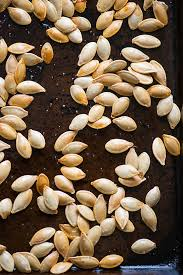 Toasting Pumpkin Seeds In The Oven by How To Make Pumpkin Seeds Using Three Methods
