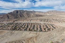 100 Mojave Desert Homes Contemporary Housing Tracts Near The Spring Mountains Stock