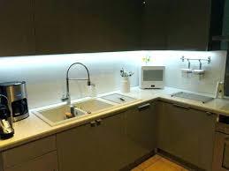 eclairage led cuisine plan travail ruban led cuisine eclairage ruban led installer bande led cuisine