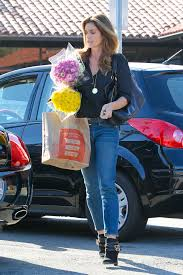 Cindy Crawford White Denim Sofa cindy crawford u0027s best denim moments how to style jeans vogue