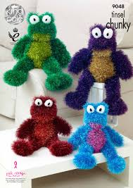 100 King Of The Frogs Easy To Follow Tinsel Knitted With Tinsel Chunky Knitting