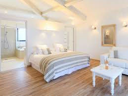 deco de chambre adulte romantique gallery of une d co romantique pour la chambre coucher par carnet