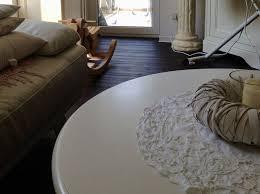 runder tisch landhaus shabby chic wohnzimmer couchtisch holz