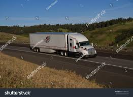100 Heartland Express Trucking White Kenworth Pulls White Stock Photo Edit Now