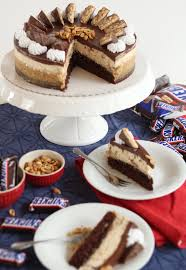 mega leckere snickers torte erdnuss karamell schoko torte
