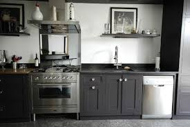 cuisine grise et plan de travail noir photo le guide de la cuisine plan de travail métal