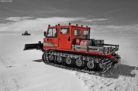 snow cat snowcat snow snow machine and tractor