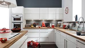 cuisine blanche plan travail bois quelle couleur pour une cuisine blanche maison ossature bois