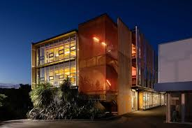 104 Ara Architects Exterior Screening For College Of Creative Arts Te Hihiko At Massey University Kaynemaile Architectural Mesh