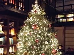 Christmas Tree Shop Syracuse Ny by 12 New York Restaurants With Great Holiday Decorations