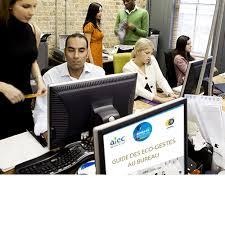 au bureau lyon le guide des éco gestes au bureau idées pour salariés motivés