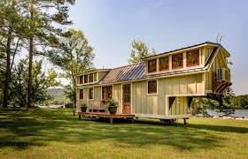 100 Houses F An Unconventional Tiny Home On Wheels The Denali By Timbercraft