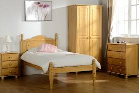 Bedroom Choose The Best Pine Bedroom Furniture Pine Bedroom Set