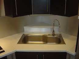 meuble cuisine avec evier implantation vier en angle plaque cuisson armoire cuisine avec evier