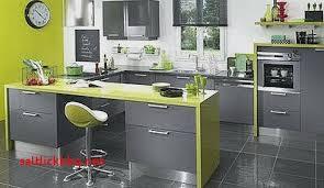 cuisine taupe quelle couleur pour les murs couleur actuelle pour cuisine lgant quel carrelage pour plan de