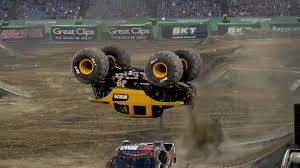 100 Monster Truck Backflip Jam Diesel Daves Consecutive In Anaheim Facebook