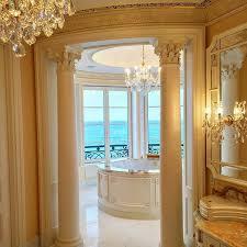le palais royal presidential bathroom