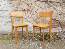 französische lackierte esszimmerstühle aus holz 1950er 2er set