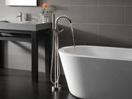 Delta Floor Mount Tub Faucet by Faucet Com T4759 Ssfl In Brilliance Stainless By Delta