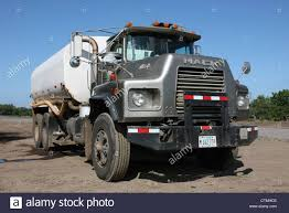 American Manufactured Mack Water Tanker Truck On Ometepe Island ... China Howo Tanker Truck Famous Water Photos Pictures 5000 100 Liters Bowser Tank Diversified Fabricators Inc Off Road Tankers 1976 Mack Water Tanker Truck Item K2872 Sold April 16 C 20 M3 Mini Buy Truckmini Scania P114 340 6 X 2 Wikipedia 98 Peterbilt 330 Youtube Isuzu Elf Sprinkler Npr 1225000 Liters Truckhubei Weiyu Special Vehicle Co 1991 Intertional 4900 Lic 814tvf Purchased Kawo Kids Alloy 164 Scale Emulation Model Toy