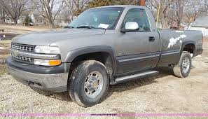 2000 Chevrolet Silverado 2500 LS Pickup Truck | Item I9386 |... 2000 Chevrolet Silverado 2500 74l 4x4 2001 Z71 Personal 6 Rcx Lift Ntd 20 Ls Pickup Truck Item I9386 Hd Video Chevrolet Silverado Sportside Regular Cab Red For Used Chevy S10 Trucks Truck Pictures 1990 Classics For Sale On Autotrader 1500 Extended Cab 4x4 In Indigo Blue Malechas Auto Body Regular Metallic 2015 Double Pricing For Rear Dually Fenders Lowest Prices Biscayne Sales Preowned