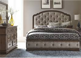 Amelia 3 Piece Upholstered Bedroom Set Traditional Bedroom