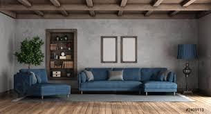 foto auf lager wohnzimmer im retro stil mit modernem sofa