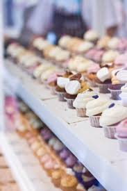 The Story Swedens First Cupcake Shop STHLM Aims To Bring A Taste Of America Stockholm Founders Picked Up Tricks From Their Time In US