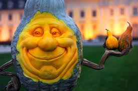 Ray Villafane Pumpkins by World Renowned Artist Carves Pumpkin Garden In Carefree