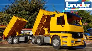 RC BRUDER Dump Truck 4WD Mercedes-Benz With Trailer Transportation ... Filecase 340 Dump Truckjpg Wikimedia Commons Madumptruck1024x770 Western Maine Community Action Dump Truck Vocational Trucks Freightliner Fancing Refancing Bad Credit Ok Truck Overturns At I20west Ave Again Rockdale Bell Articulated Trucks And Parts For Sale Or Rent Authorized 1981 Gmc General 10yrd For Sale Rickreall Or T3607 Filelinn Tracked Pemuda Baja Custom Bodies Flat Decks Mechanic Work 2019 New Star 4700sf 1618 Cubic Yard Premier Overturned Dumptruck On I10 West