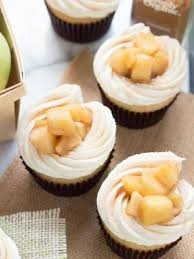 Apple Pie Cupcakes With Vanilla Buttercream Frosting Are Creamy Sweet And Surprisingly Easy Homemade