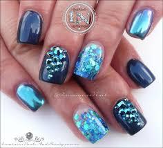 Delicate Metallic Navy Blue Nail Art