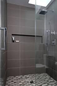45 Ft Bathtub by Best 25 Modern Small Bathrooms Ideas On Pinterest Tiny