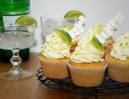 Summer Cocktail Inspired Cupcakes