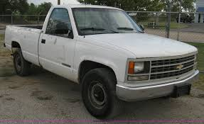 1992 Chevrolet Cheyenne 2500 Pickup Truck   Item A4346   SOL...