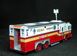100 Code 3 Fire Trucks FDNY Rescue Collectables 164 Scale Favorite Toy Models